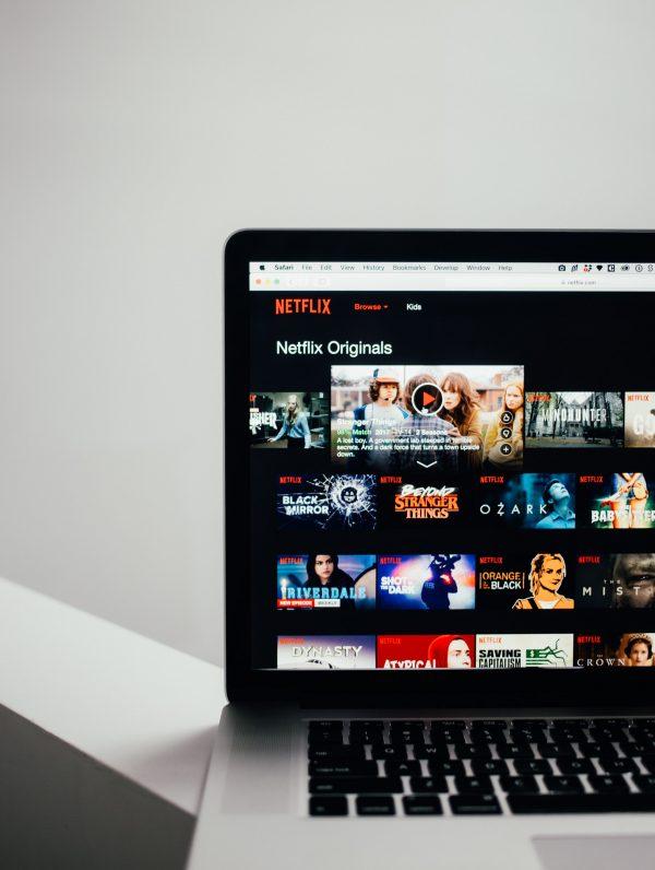 Regarder du Streaming gratuitement sans pub : possible ?