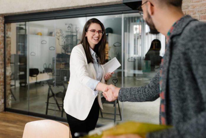 Le portage salarial : solution entrepreneuriale à court ou à long terme ?