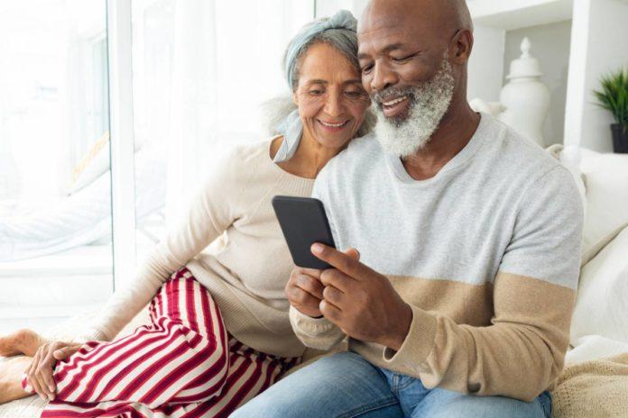 Smartphone adapté aux seniors, utopie ou véritable atout ?